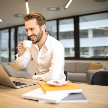 Cuatro razones por las que tomarse un tiempo para una taza de café es una idea saludable