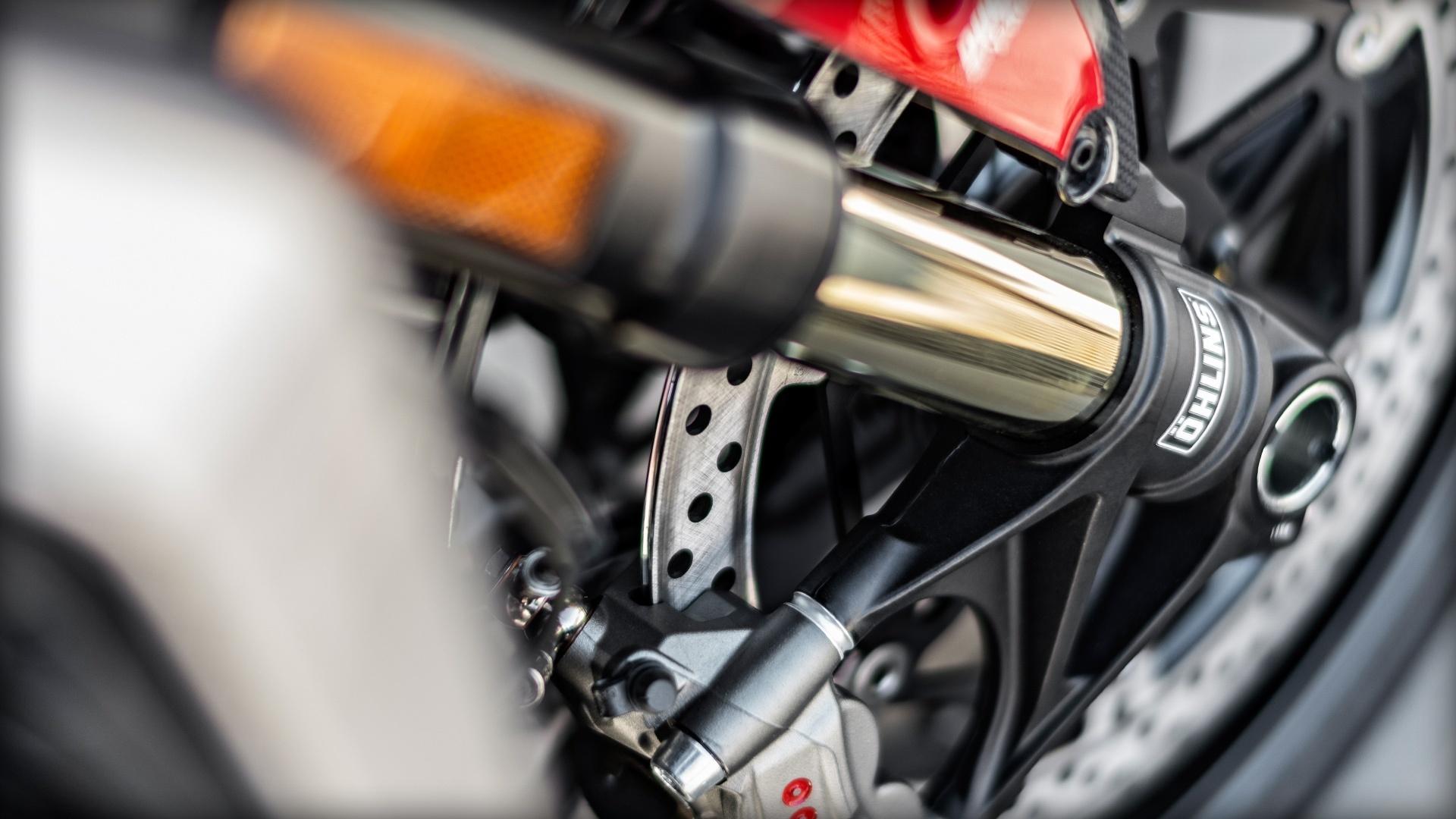 Foto de Ducati Monster 1200 R (18/30)