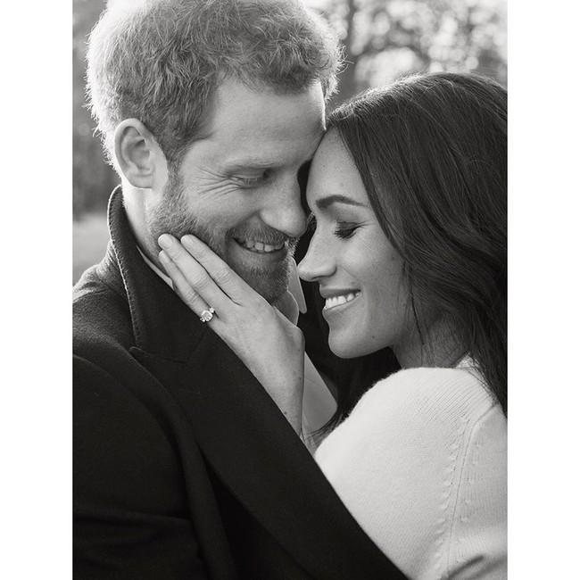 Las fotos oficiales del compromiso de Meghan Markle y el príncipe Harry no pueden ser más ideales
