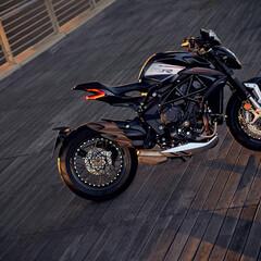 Foto 7 de 15 de la galería mv-agusta-dragster-800-rr-2021 en Motorpasion Moto