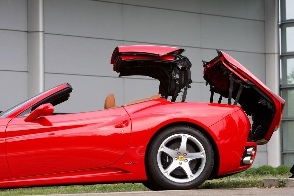Foto de Ferrari California (22/50)