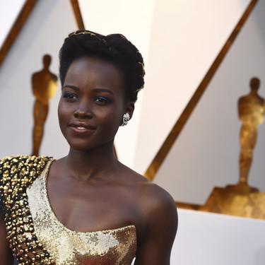 Este es el verdadero significado del peinado de Lupita Nyong'o en los Oscars 2018