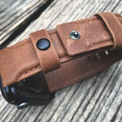 Foto 11 de 18 de la galería uag-leather-strap-para-apple-watch en Applesfera