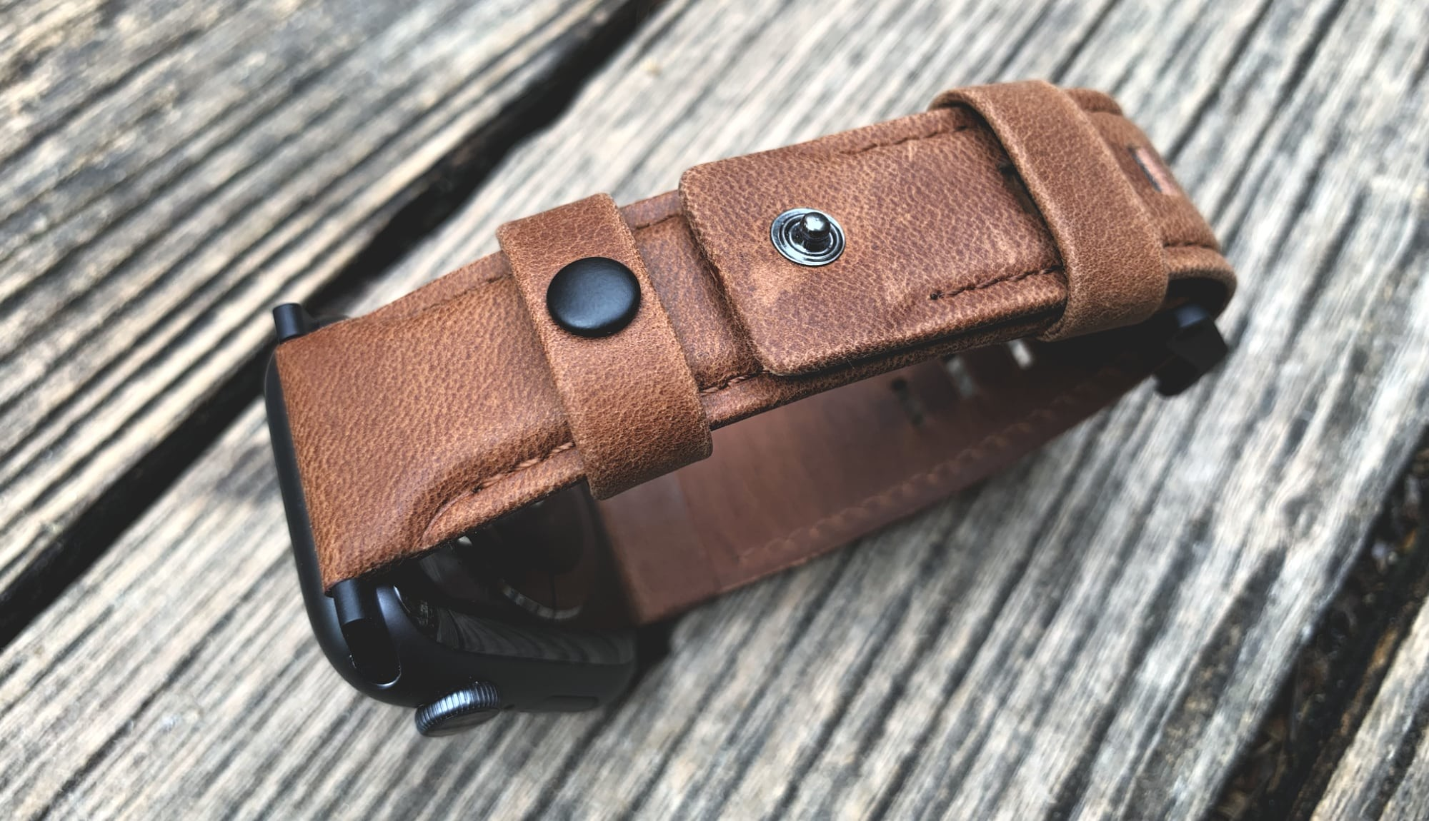Foto de UAG Leather Strap para Apple Watch (11/18)