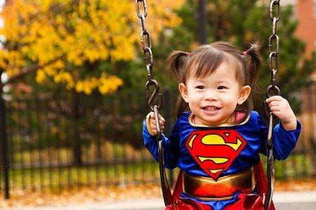 ¿Qué hace feliz a un bebé de 12 meses?