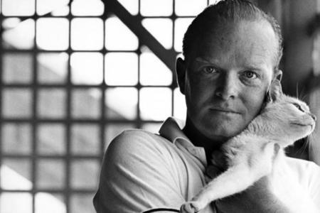 21 escritores célebres y sus gatitos. Fotografía