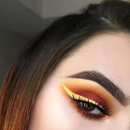 Eyeliner Amarillo 4
