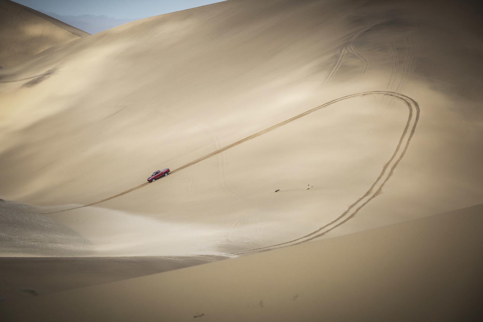 Foto de Toyota Hilux 2016 Namibia (32/74)