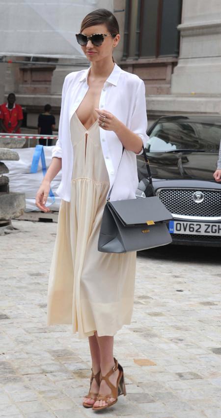 Miranda Kerr bolso Stella McCartney