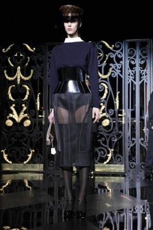 Louis Vuitton Otoño-Invierno 2011/2012 en la Semana de la Moda de París: el arte de la pasarela