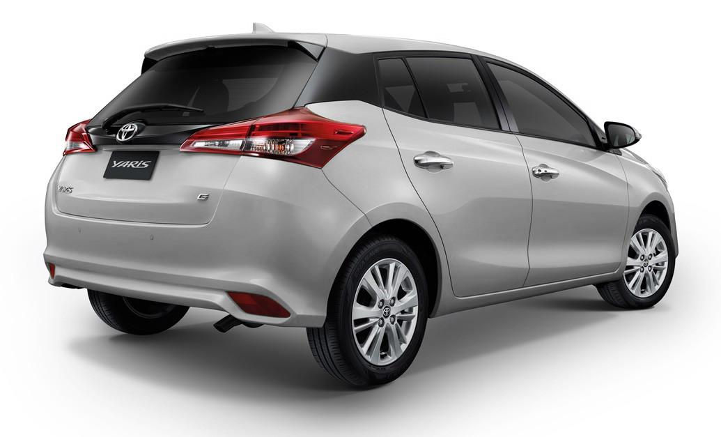 Foto De Toyota Yaris Hatchback 2018 1 13