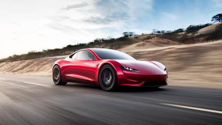 La magia del CGI muestra como aceleraría el nuevo Tesla Roadster en 1,1 segundos equipado con los propulsores a gas SpaceX