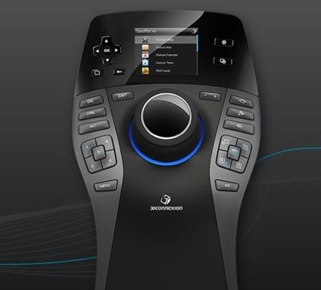 3DConnexion SpacePilot Pro viene con pantalla integrada