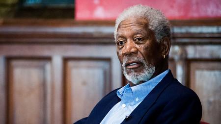 Qué hay de verdad en el escándalo de acoso de Morgan Freeman: la denunciante, acusada de crear un bulo para destruir al actor