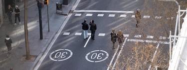 En la desescalada, Madrid y Barcelona están dando más espacio a peatones y bicis y menos a los coches. ¿Será así tras la pandemia?