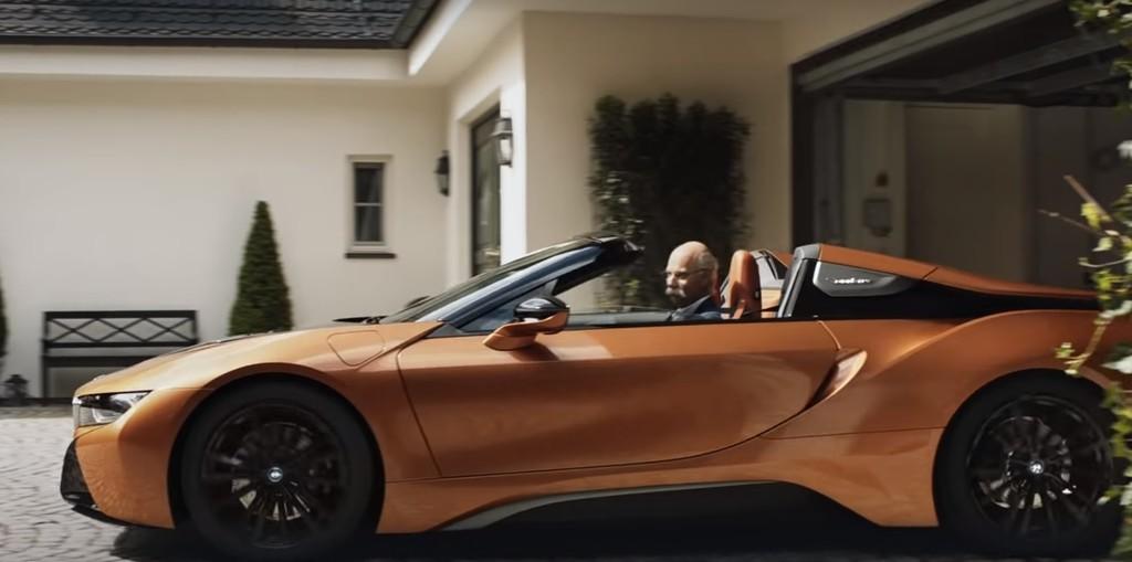 BMW se despide de forma genial del CEO de Daimler, Dieter Zetsche, que