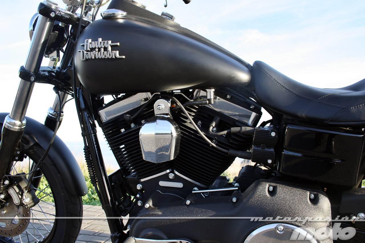 Foto de Harley Davidson DYNA Street Bob, prueba (valoración, ficha técnica y galería) (22/35)