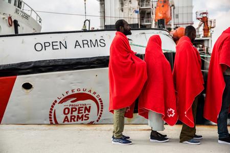 900.000€ por rescatar a un naufrago: España se ha puesto muy dura con los barcos humanitarios