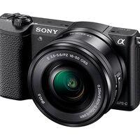 Ligera pero con montones de posibilidades: la sin espejo Sony Alpha 5100L con objetivo 16-50mm está ahora rebajada en Amazon a 369,99 euros