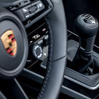 ¡Buenas noticias! Porsche aún confía en la transmisión y el 911 estrena caja de 7 velocidades