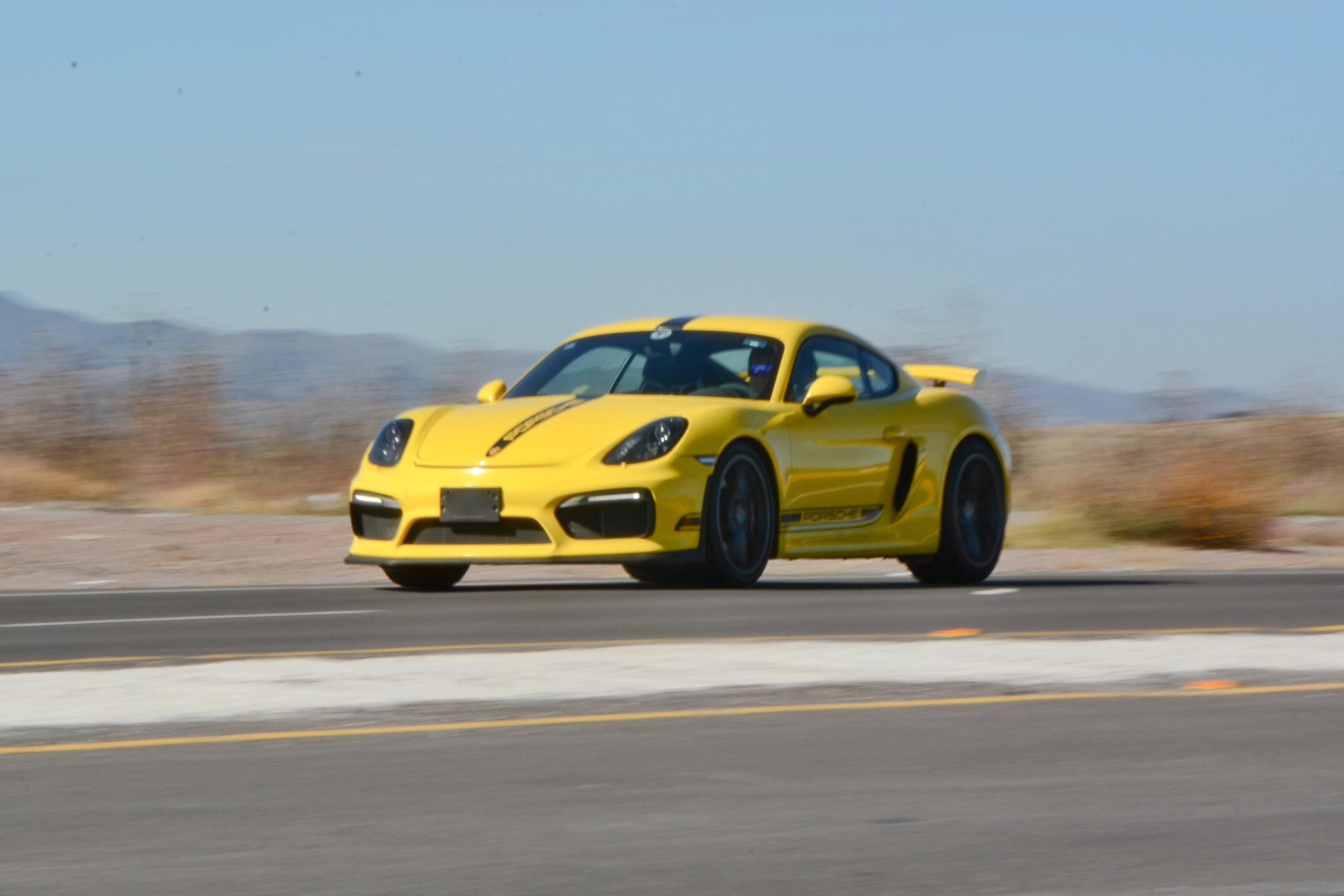 Foto de Porsche Cayman GT4 (8/19)