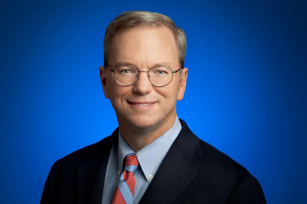 Tras su renuncia como CEO de Google, Eric Schmidt anuncia que también dejará el consejo de Alphabet tras 18 años en el puesto