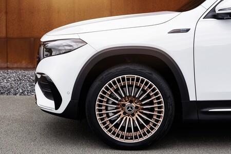 Mercedes Benz Eqb 2021 036