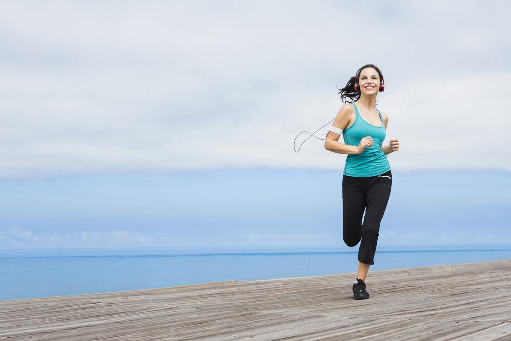 Música para correr: los mejores recuerdos de los años 80 para motivarte en tus entrenamientos