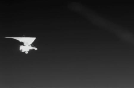 Los aviones ultraligeros que antes eran usados para transportar droga, ahora lo hacen con personas en la frontera de México