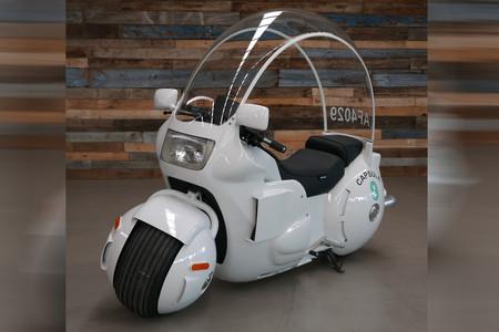 Alerta friki: La moto de Bulma en 'Bola de Dragón' existe, funciona y es todo un puntazo