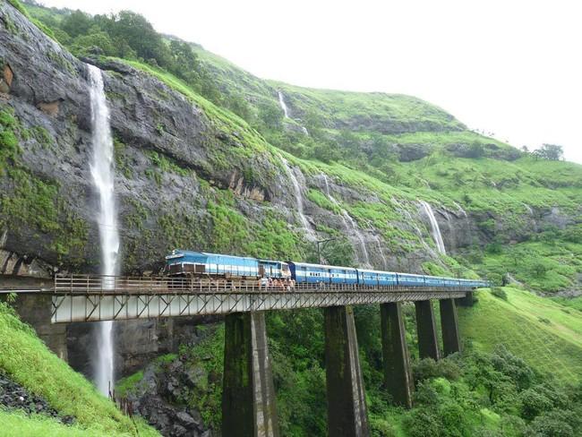 Recorre La India Con The Deccan Odyssey El Tren Mas Lujoso De Asis