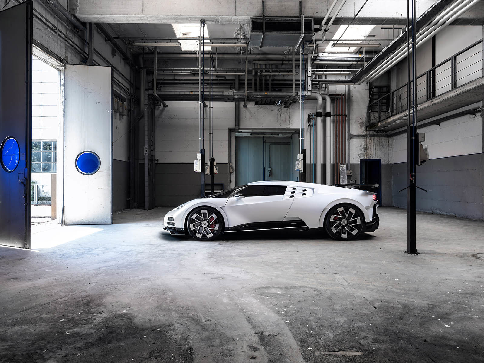 Foto de Bugatti Centodieci (1/16)