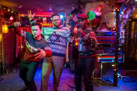 """9 películas navideñas modernas que no son """"Love Actually"""" ni """"El diario de Bridget Jones"""" pero que querrás ver estas fiestas"""