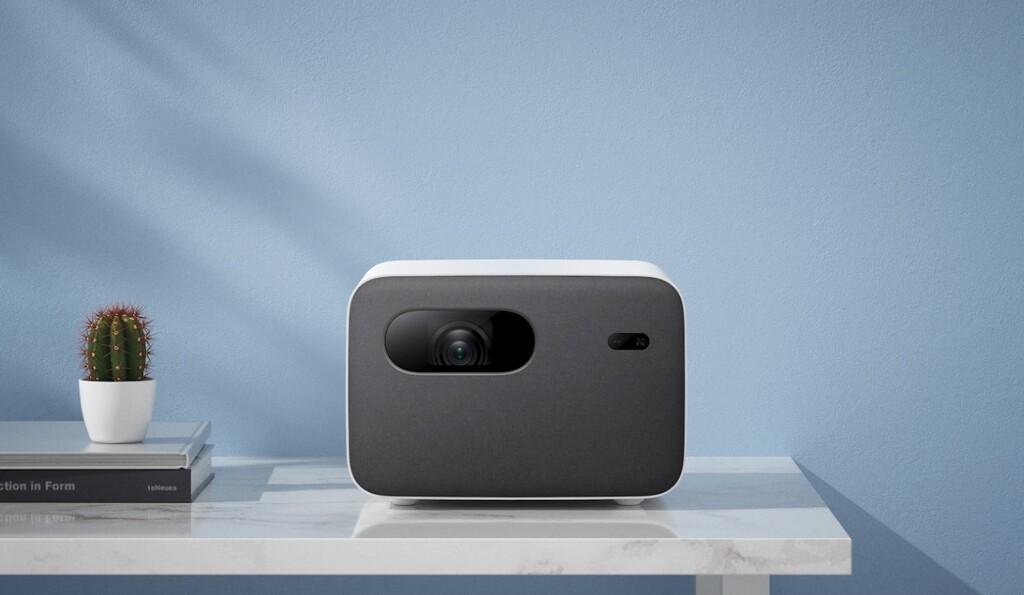 Xiaomi Mi Smart Projector 2 Pro: Android TV a bordo de un cine de 120 pulgadas para llevar a cualquier parte