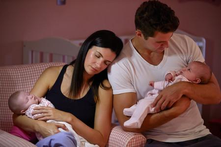 Vivir con niños puede ser agotador para las mujeres, pero no para los hombres