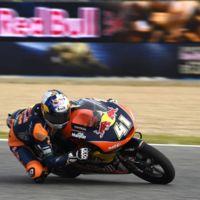 Increíble remontada de Brad Binder en una carrera de Moto3 que parecía que ganarían otros