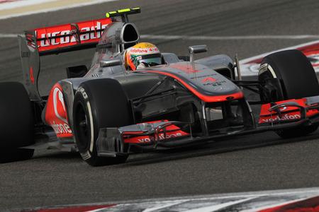 En McLaren se lo piensan y Lewis Hamilton estará en los test de Mugello