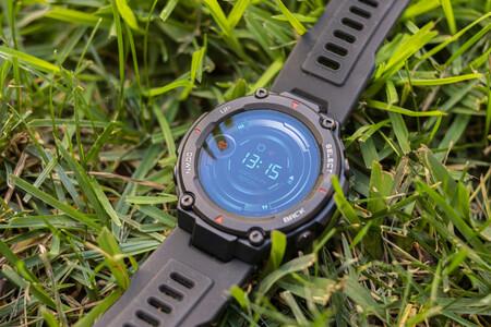 Amazfit T-Rex rebajadísimo en El Corte Inglés: un smartwatch deportivo con resistencia militar y 3 semanas de batería por 109 euros