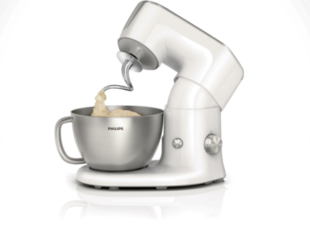 Philips Kitchen Machine se vale de accesorios para hacer más cosas que amasar