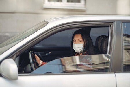 Viajar en coche este verano: cuándo es obligatoria la mascarilla y dónde puedo ir de vacaciones