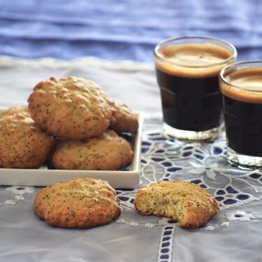 Receta de galletas de avena lima-limón con tomillo y aceite de oliva, un dulce bocado fresco y crujiente