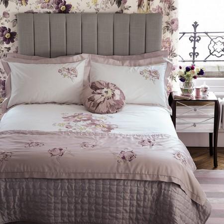 Dormitorionude