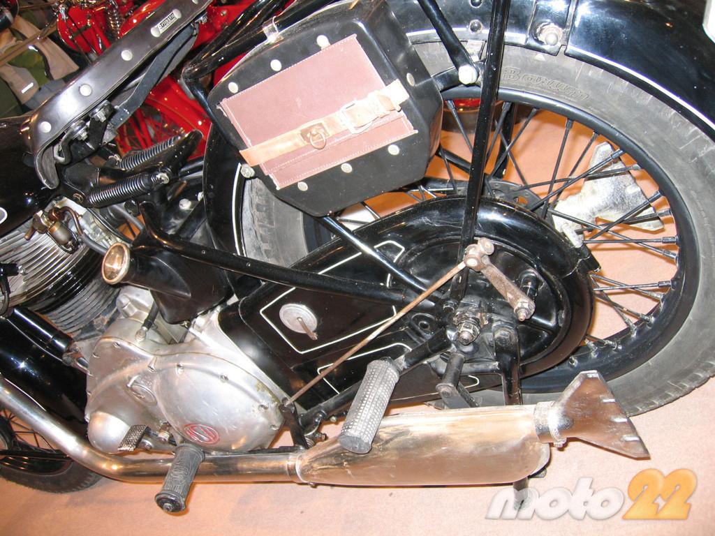 Foto de Antic Auto 2009, feria de clásicas en Alicante (1/27)