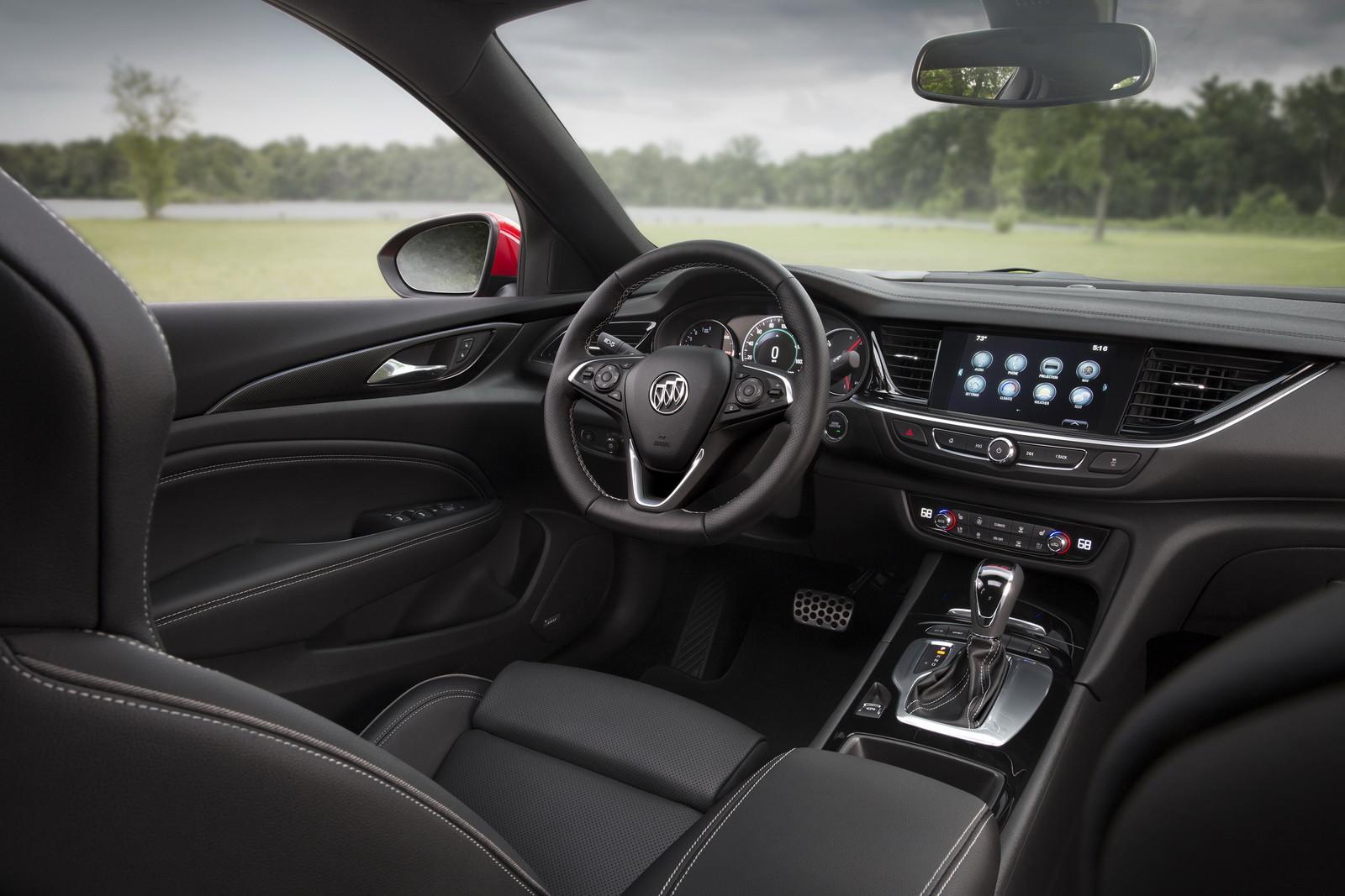 Foto de Buick Regal GS 2018 (8/14)