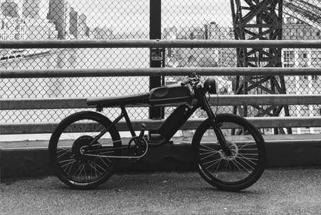Bicicleta Cafe Racer 1