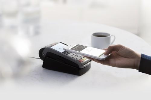 La red Euro 6000 integrará Apple Pay desde mayo: Ibercaja, Abanca, Kutxabank y 12 más serán compatibles