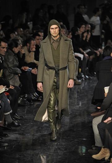 Foto de Jean Paul Gaultier, Otoño-Invierno 2010/2011 en la Semana de la Moda de París (10/14)