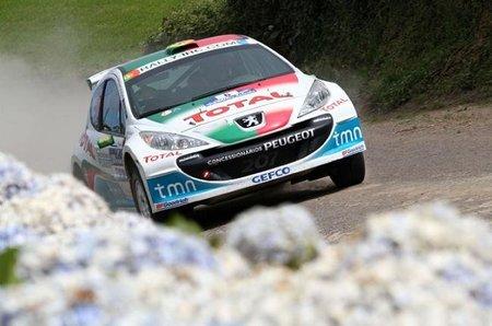 Bruno Magalhães líder en el Rally de las Azores