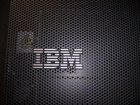 """La Comisión Europea investiga los abusos de IBM, que ve detrás la """"mano"""" de Microsoft"""