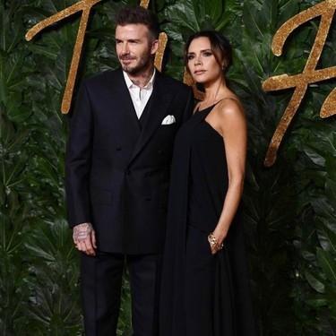 La alfombra roja de los British Fashion Awards muestra cómo llevar (sin miedo) color en nuestros looks de fiesta